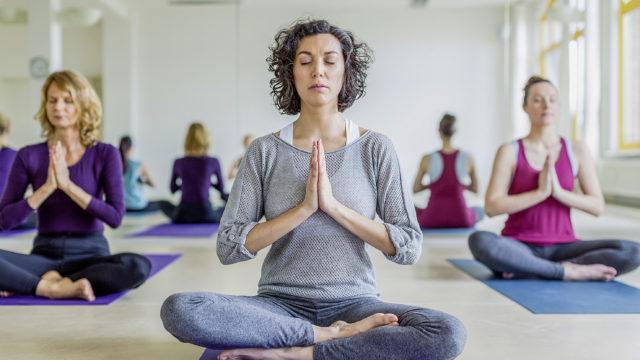 Dank Yoga fit und ausgeglichen